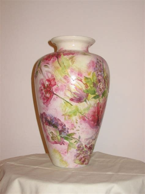 decoupage on glass vase 96 best ideas about decoupage on botanical