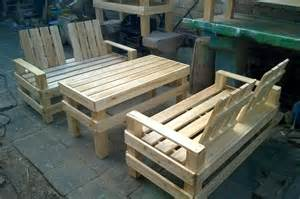wooden pallet patio furniture wooden pallet patio furniture set 101 pallets