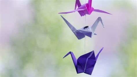 origami moving crane hanging procedure stock hanging procedure