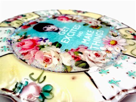 resin crafts projects pour on resin crafts