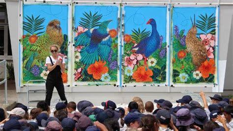 spray painter nz graffiti artist pays special visit to primary school