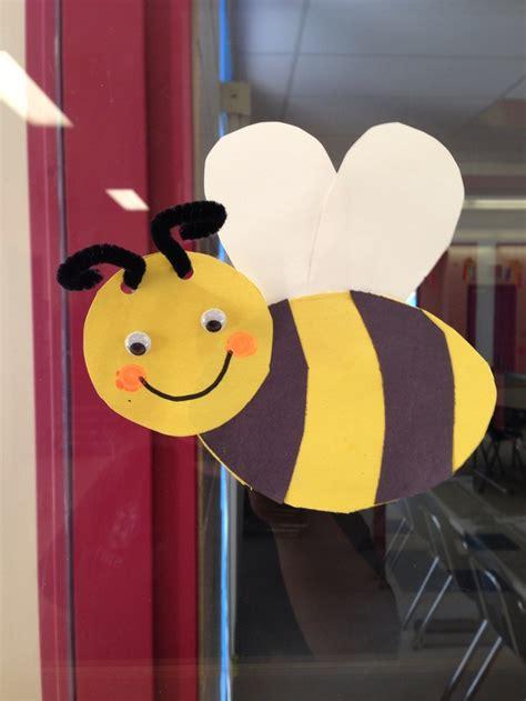 Free Bee Craft Idea 1 Bijen Bee Crafts