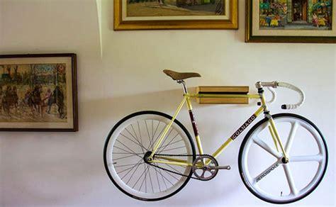 aid bike holder support mural porte velo 3 petit objet bike holder condo living
