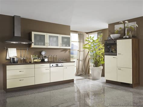 white and brown kitchen designs pics for gt modern white and brown kitchen cabinets