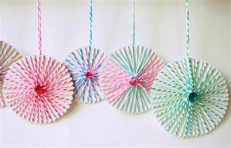 string crafts for the tiny funnel string ornaments