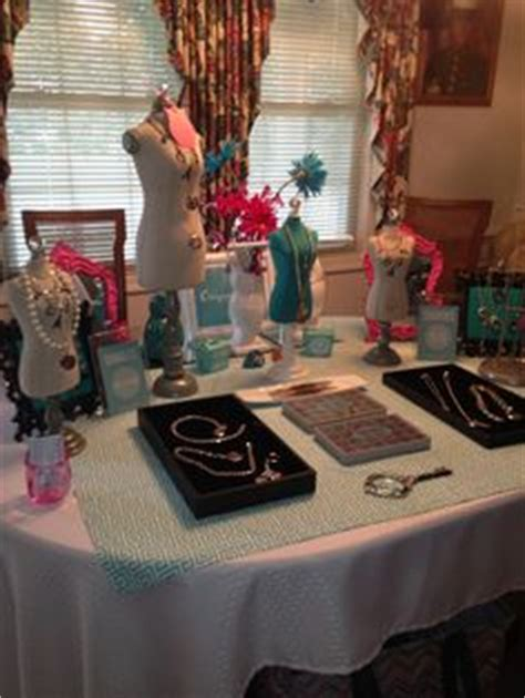 origami owl jewelry bar display 1000 images about vender table set up ideas on