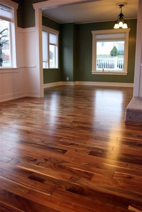 paint colors with wood floors the color and shading in the floor and even the color