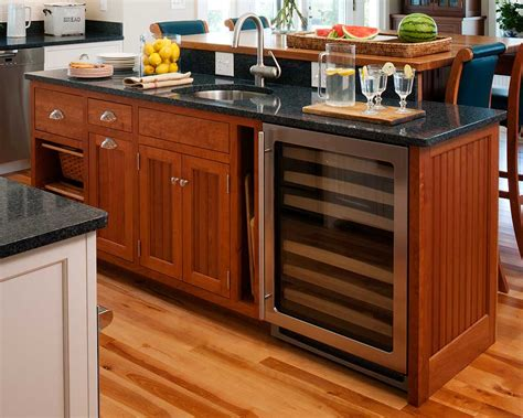 kitchen islands com custom kitchen islands kitchen islands island cabinets