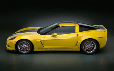 Yellow Car Wallpaper Hd by Cats And Dogs Yellow Cars Hd Wallpapers