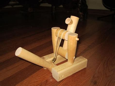 Simply Resourceful Fall Winter 2012 Woodworking Projects