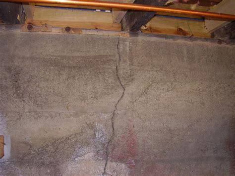 sealing cracks in basement walls sealing cracks in concrete basement walls