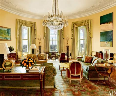 white house residence take a tour of obamas luxurious stylish