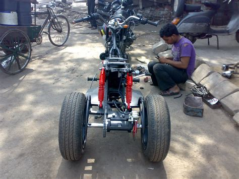 Modification Bike by Bike Modifications In India Pulsar Trike For Physically