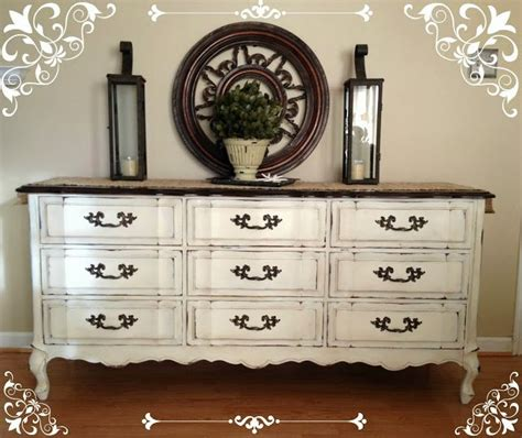 chalk paint ideas dresser 37 diy home decor ideas for a vintage look