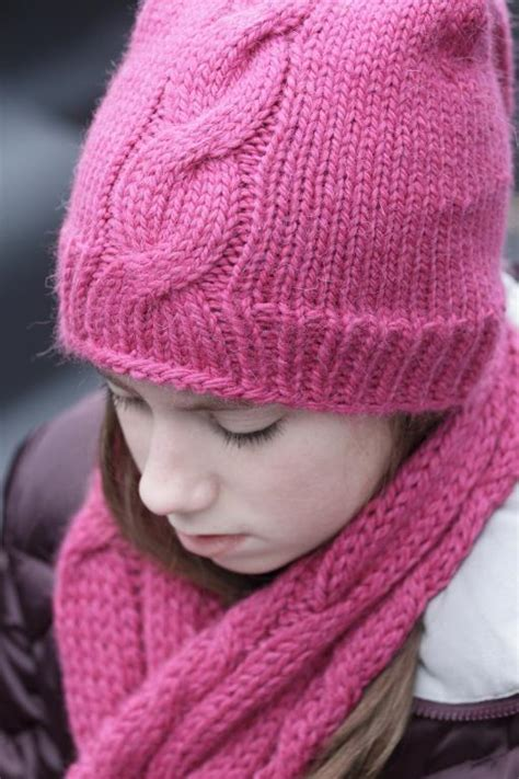 tips for knitting cables cable knitting for beginners 5 tips and tricks to try