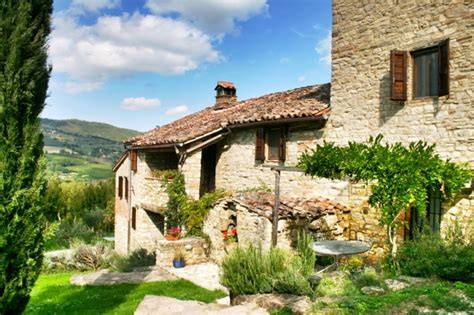a beautiful italian countryside home is on sale villas in tuscany italy beautiful rental villas with