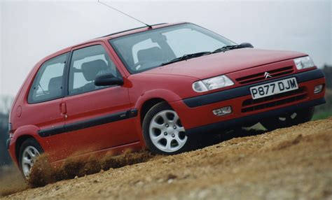 Citroen Saxo by Citro 235 N Saxo Hatchback Review 1996 2003 Parkers