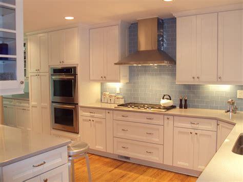 dove white kitchen cabinets kraftmaid dove white