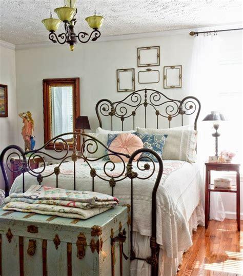 antique decor 27 fabulous vintage bedroom decor ideas to die for