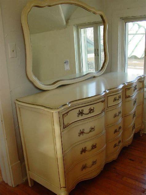 cheap vintage bedroom furniture bedroom furniture sets king bedroom suites cheap vintage