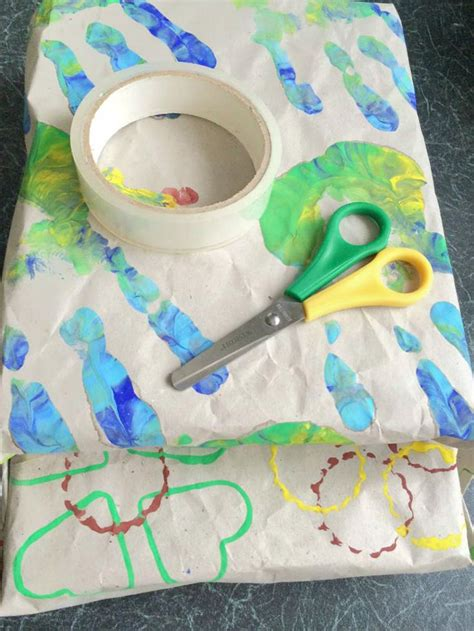 10 fabulous wrapping paper crafts