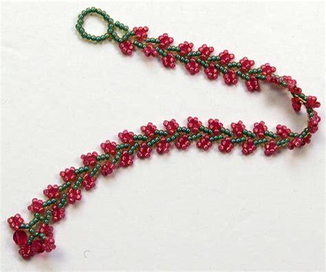 beaded jewelry techniques beaded nepal chain stitch bracelet allfreejewelrymaking