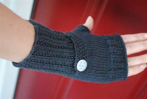 how to knit gloves with circular needles free optimistic mitt pattern for s sake