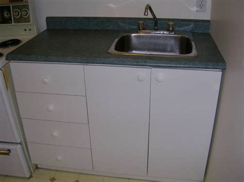 kitchen cabinet with sink kitchen sink cabinets tomthetrader