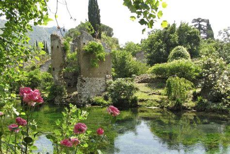 Der Garten Ninfa by Der Bezaubernde Garten Der Nymphen Freeontour