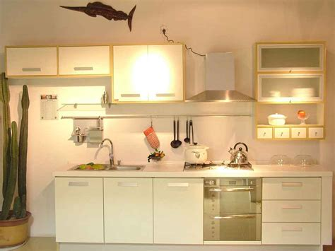 kitchen cabinets for small spaces kitchen cabinets for small spaces