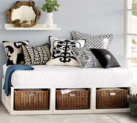 turn bed into daybed fab rehab creations repurposing a crib mattress into a