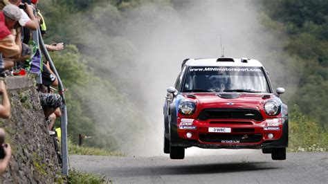Iphone 5 Rally Car Wallpaper by Mini Cooper Car Rally Hd Wallpaper Stylishhdwallpapers