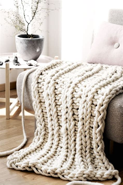chunky knit blankets best 25 chunky knit throw ideas on large knit