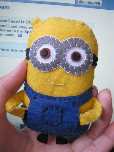 felt paper craft minion fabric paper crafts amazing craft ideas