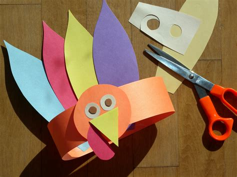 crafts made from construction paper gobble gobble turkey hat bunch