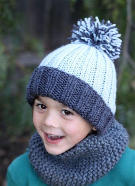 beginner knit hat pattern circular needles beginner easy ribbed pom hat allfreeknitting