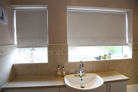 Bathroom Blind Ideas by The Best Moisture Resistant Blinds For Kitchens And