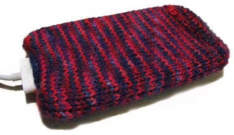 how to knit a phone sock free knit iphone cozy pattern for leftover sock yarn