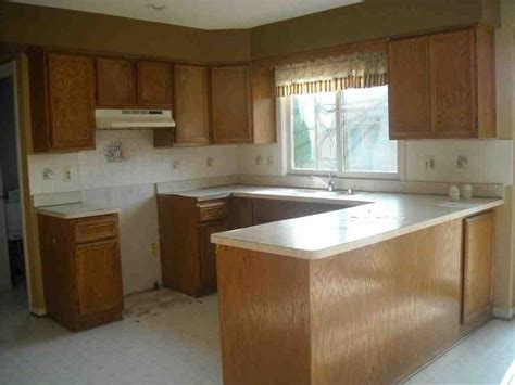 ideas for updating kitchen cabinets 1000 ideas about updating oak cabinets on