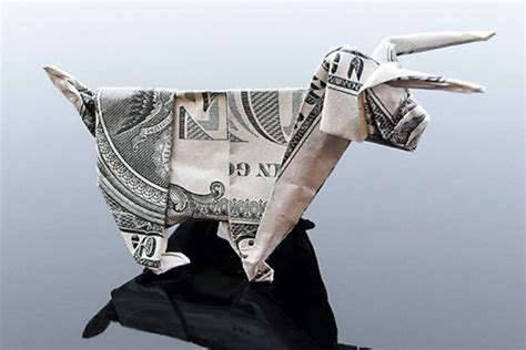origami money animals craig folds five manipulates money into amazing origami