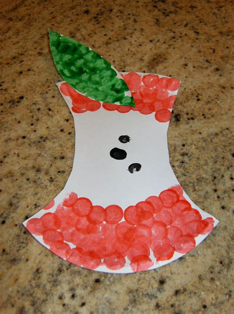 family crafts paper plate apple family crafts