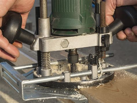 choosing a router woodworking how to choose a router acme tools