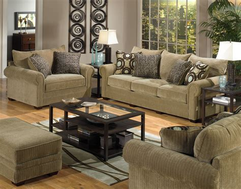 Small Living Room Furniture Ideas by Creative Ideas For Decorating A Small Apartment Small