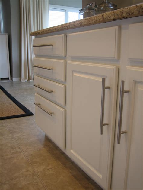 white paint kitchen cabinets painting kitchen cabinets white casual cottage