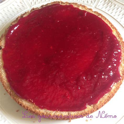 g 226 teau simple en p 226 te 224 sucre vanille et curd framboise les gourmandises de n 233 mo