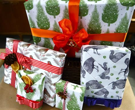 how to gift wrap like a pro yes
