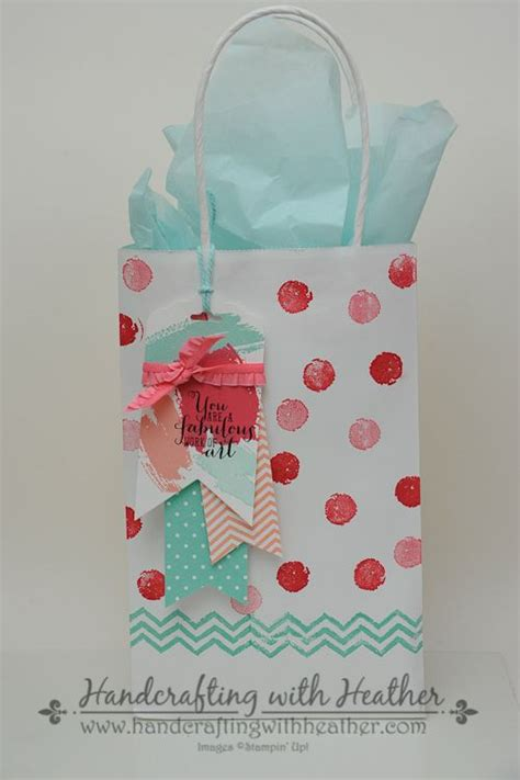 decorating gifts 25 best ideas about decorated gift bags on