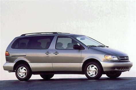 small engine maintenance and repair 2010 toyota sienna seat position control 1998 03 toyota sienna consumer guide auto
