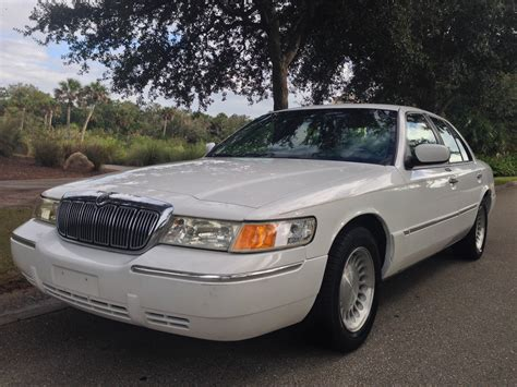 vehicle repair manual 2001 mercury grand marquis navigation system service manual how to replace 2001 2005 mercury grand marquis alternator service manual how