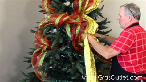 decorating tree with deco mesh how to decorate a tree with deco poly mesh